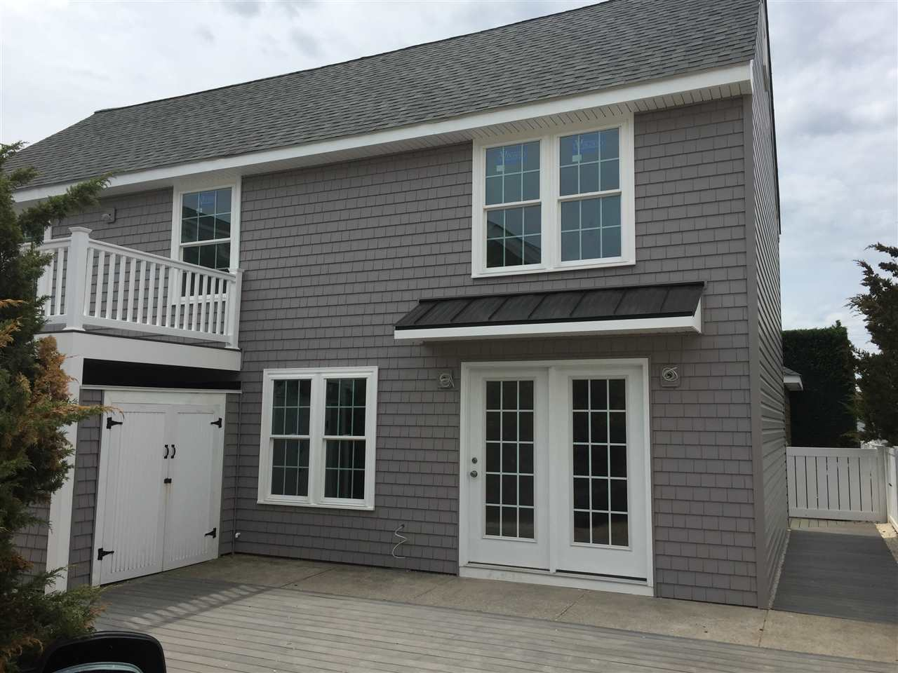 153, Unit B Rear 83rd, Stone Harbor