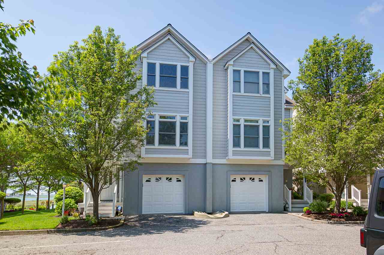1125 Stone Harbor, Stone Harbor Manor