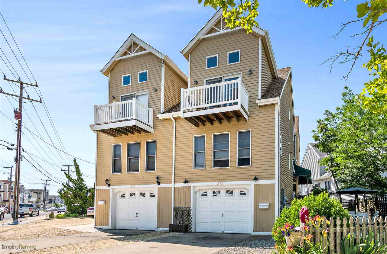 374, AKA 372 44th 44th Street West Unit, Sea Isle City