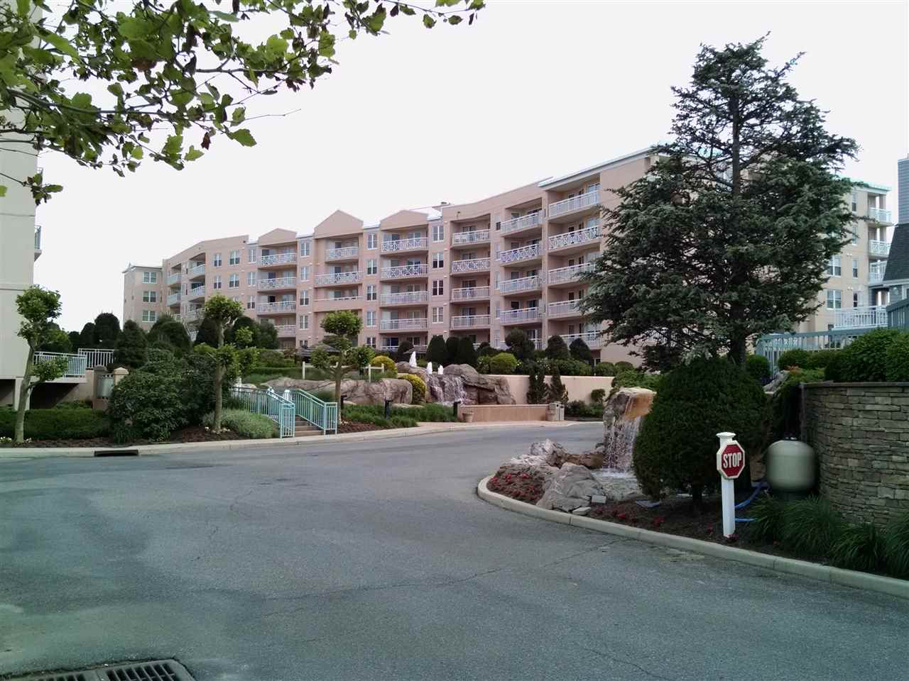 9905, #206 Seapointe Blvd, Lower Township