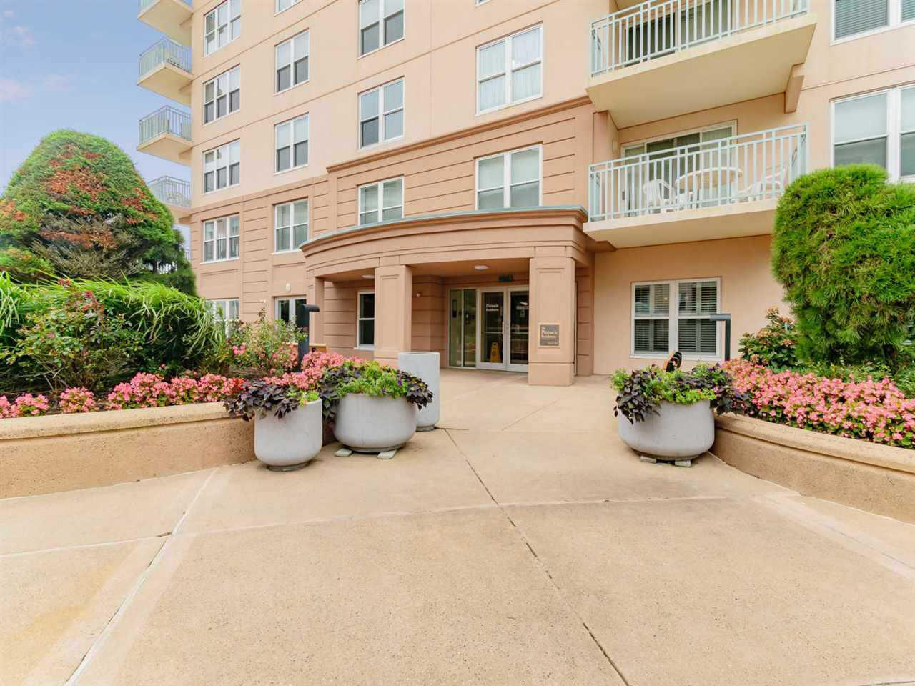 9903, Unit 311 Seapointe, Lower Township