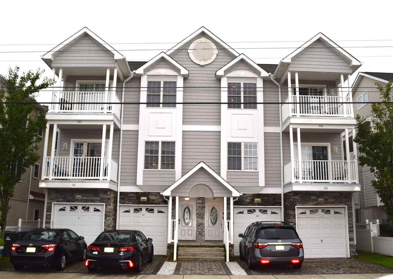 320 Juniper, Wildwood