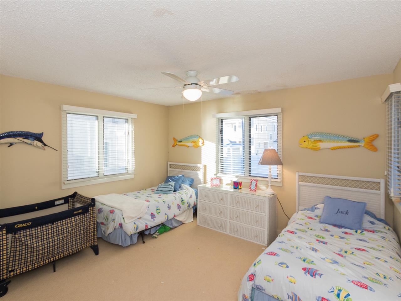 9 57th Street - Picture 17