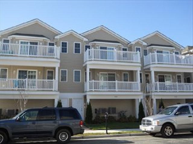 310, Unit 102 PINE, Wildwood