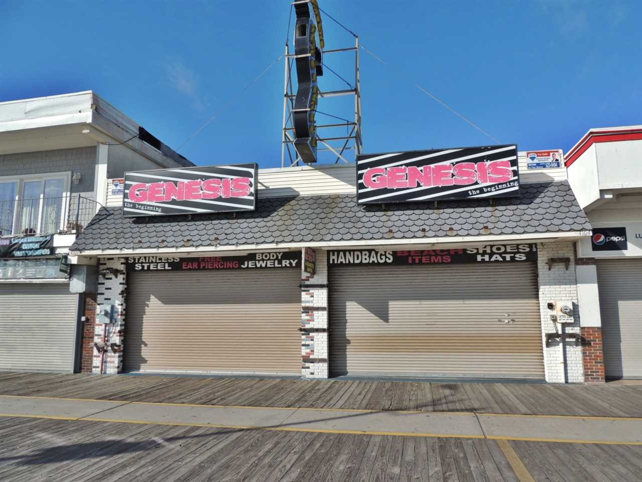 4104 Boardwalk, Wildwood