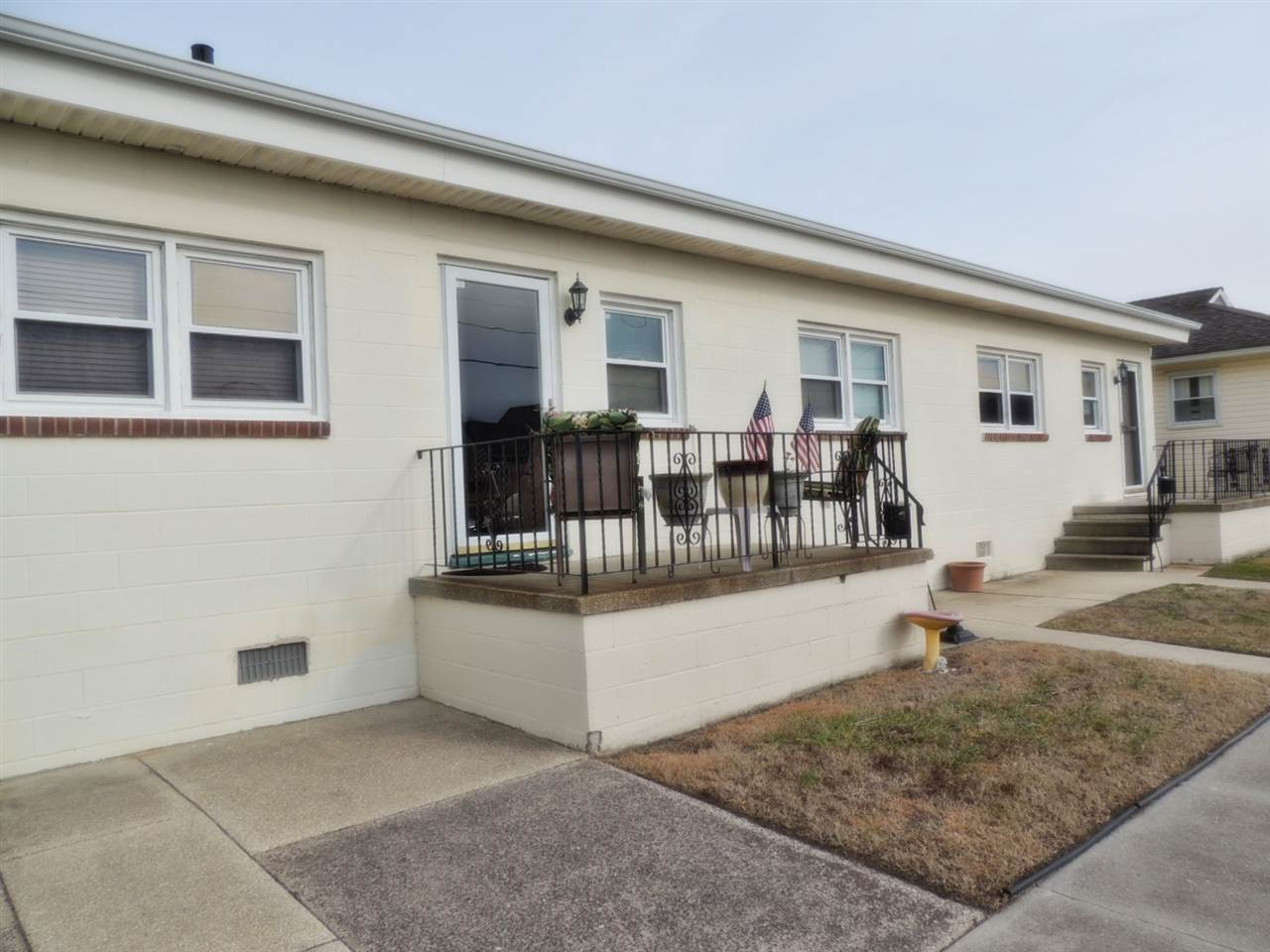 327, Unit B Maple Avenue, Wildwood