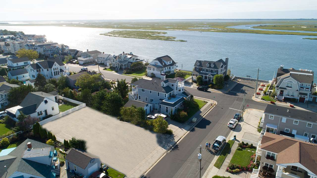 425 99th Street  - Stone Harbor