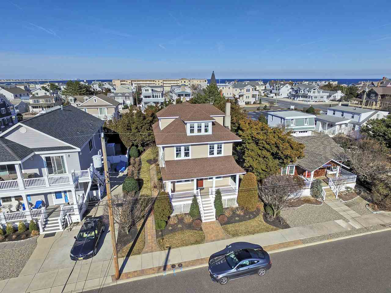 129 10th Street - Avalon