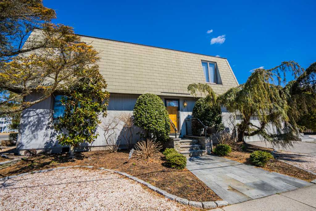 3985 Dune Drive, Avalon, NJ 08202