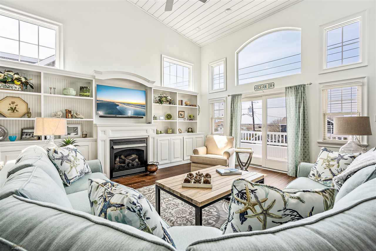 6043 Ocean Drive - Picture 13