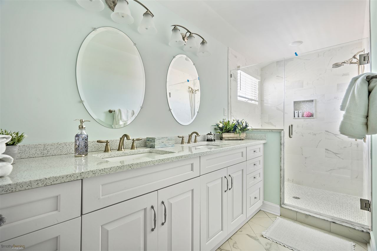 6043 Ocean Drive - Picture 23