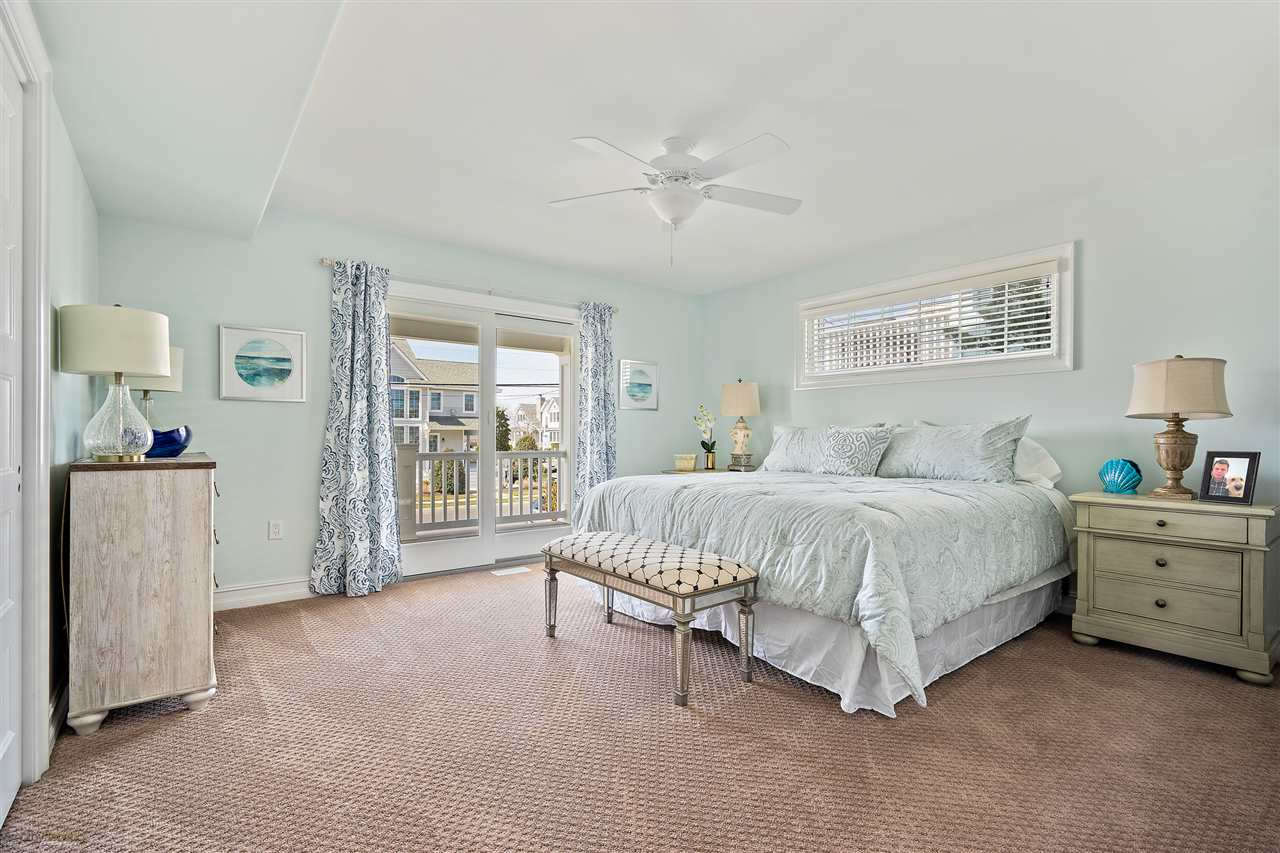 6043 Ocean Drive - Picture 8