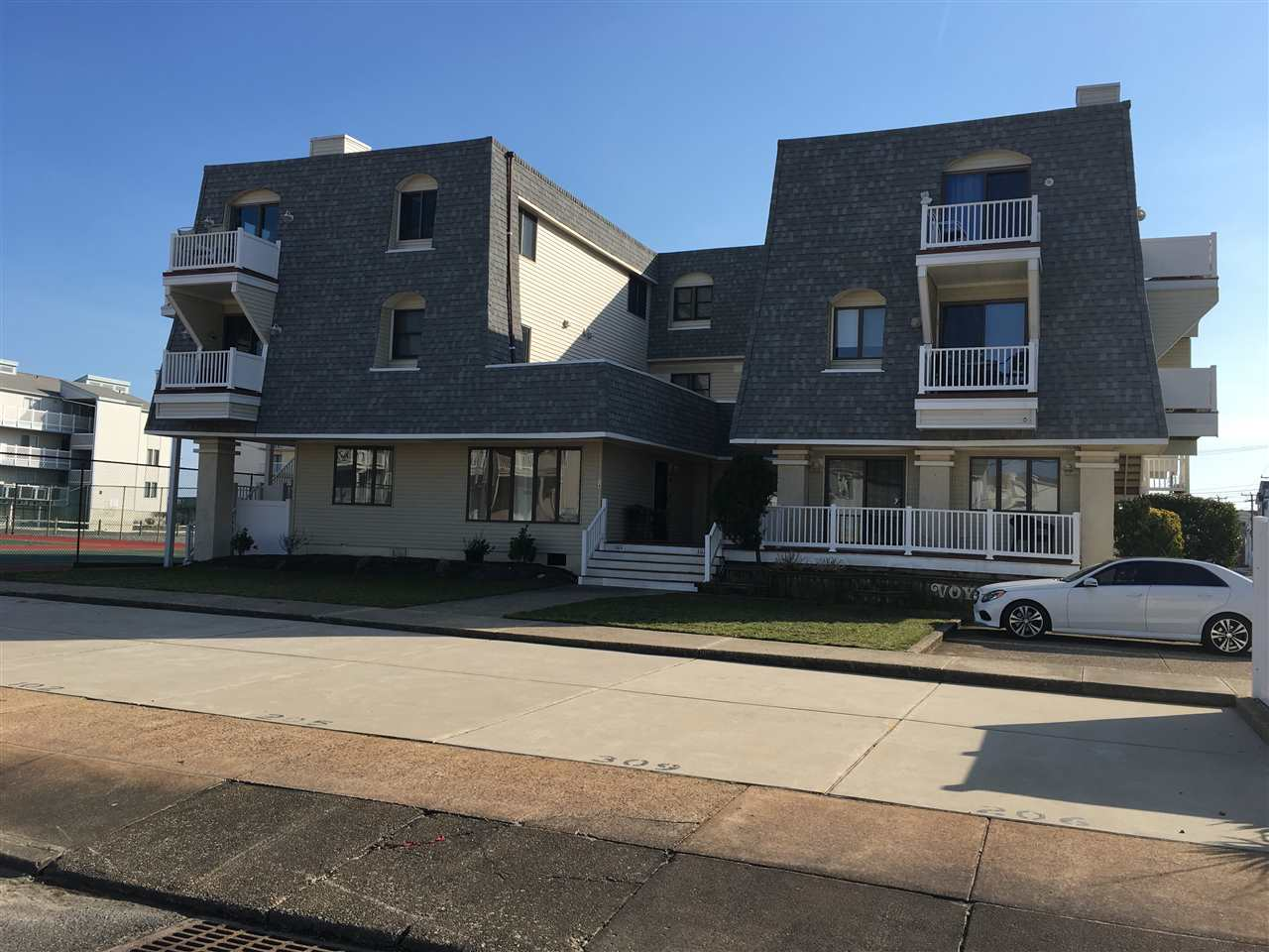 34, Voyager Cond 34th St., Unit 309, Sea Isle City