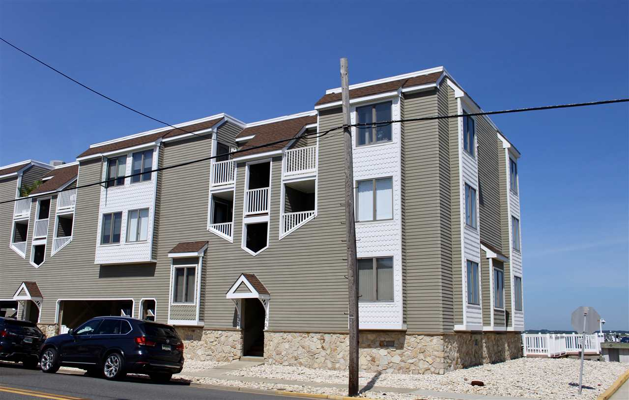 8201 Third Avenue, Stone Harbor