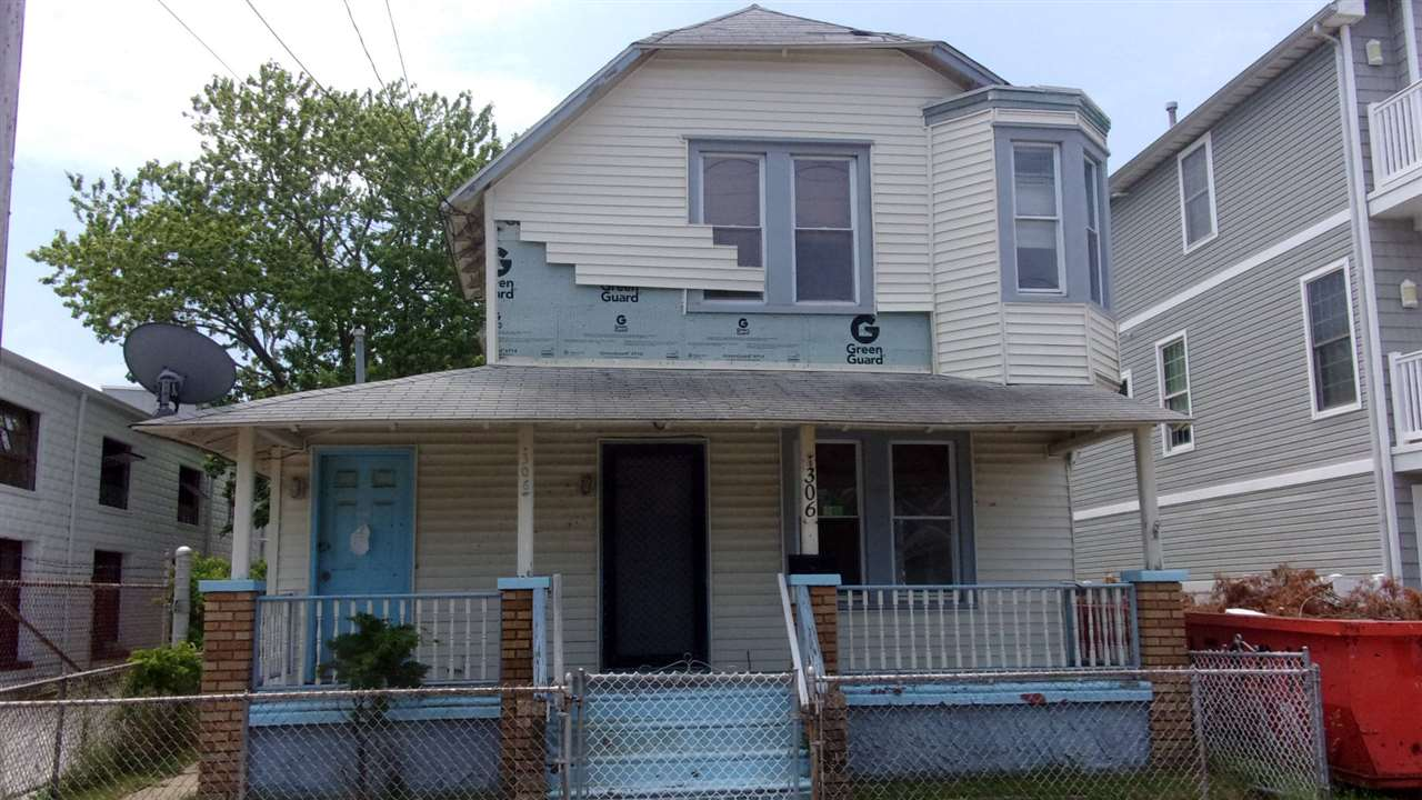 306 W Wildwood Avenue - Wildwood