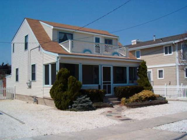 10611 Second, Stone Harbor