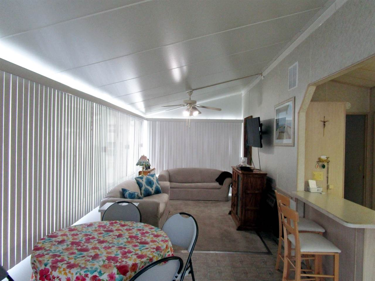 113 Whale Beach Ave @ Holly Lake  - Picture 14