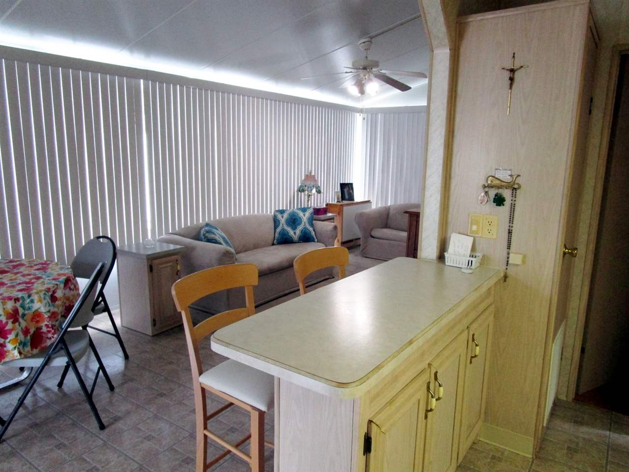 113 Whale Beach Ave @ Holly Lake  - Picture 5