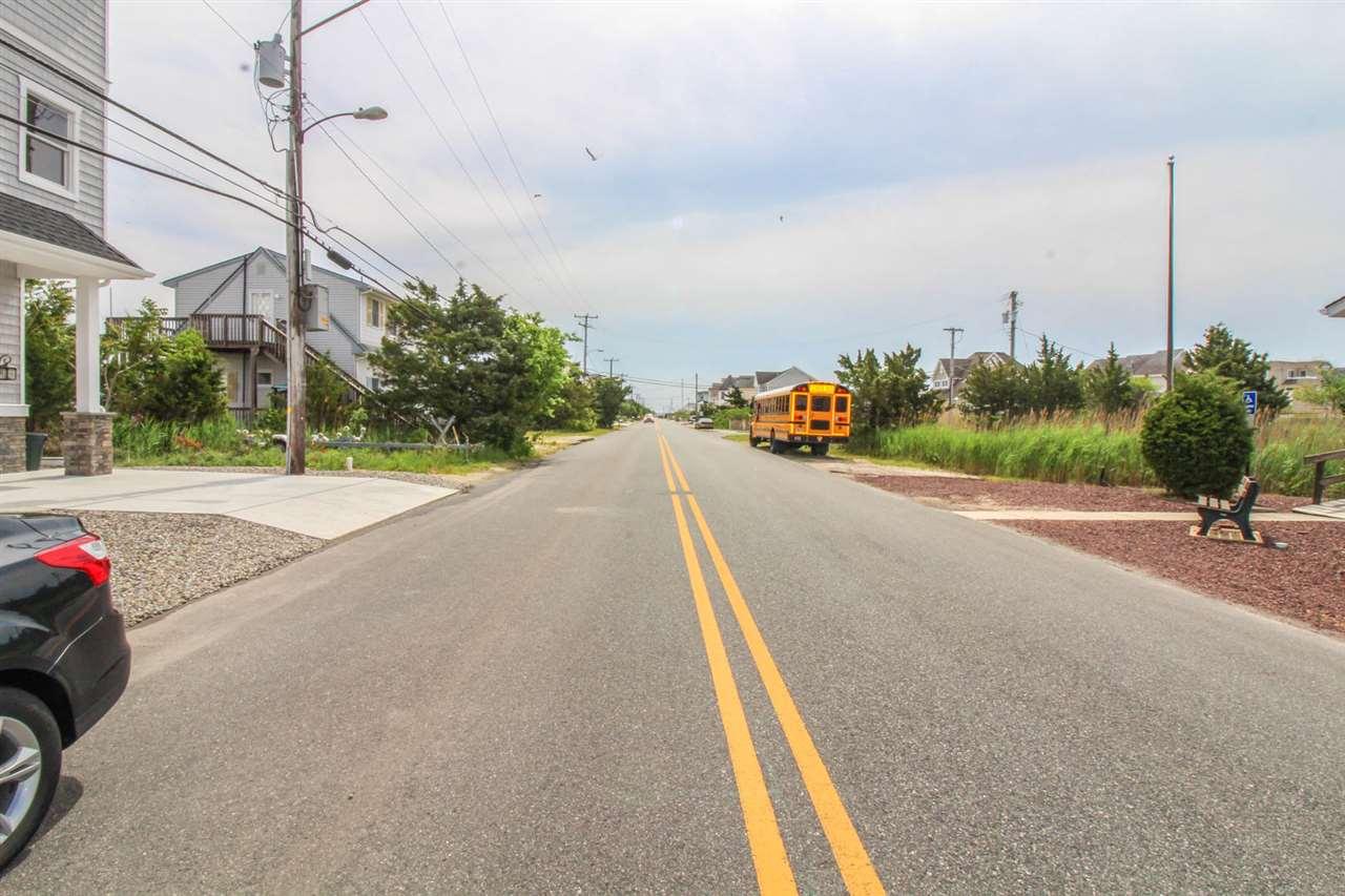 584 Avalon Boulevard - Picture 8