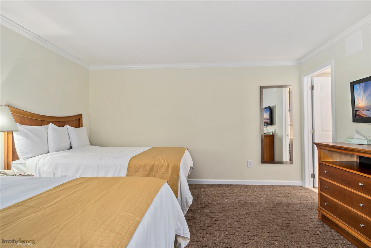 7888 Dune Drive - Picture 5