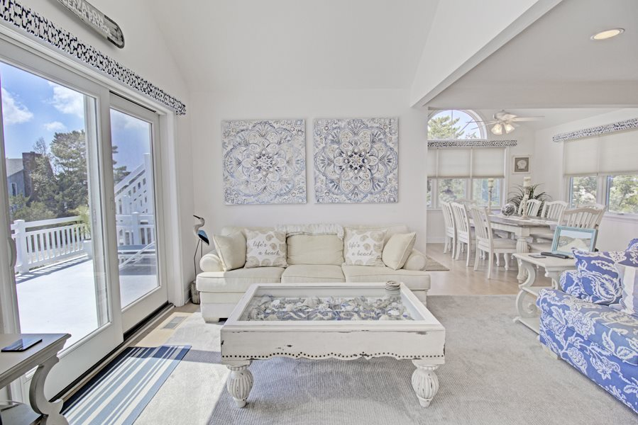 6256 Ocean Drive - Picture 5