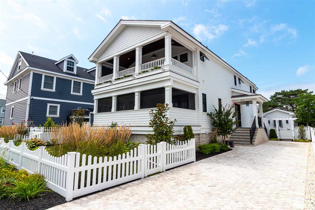 9913 Third Avenue - Stone Harbor