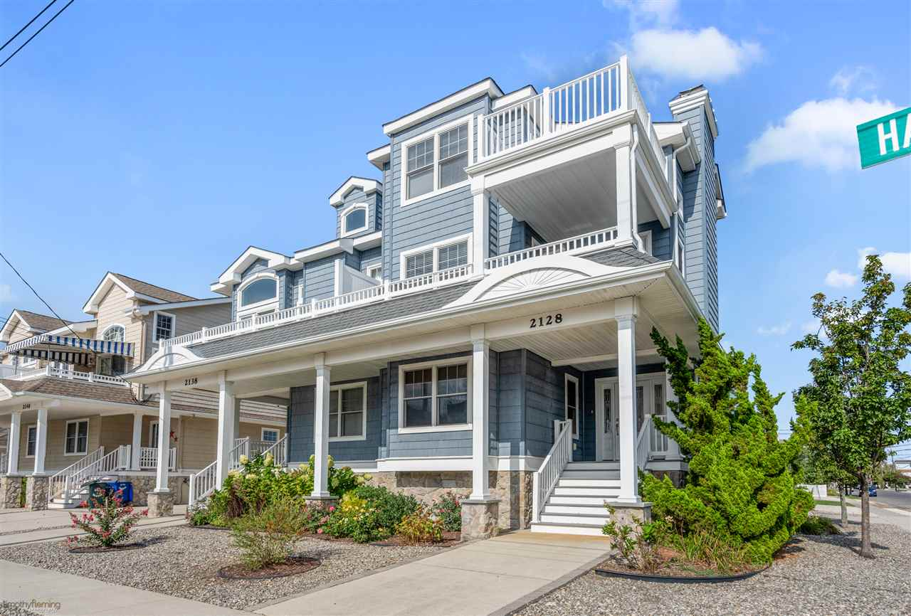 2128 Harbor Avenue, Avalon