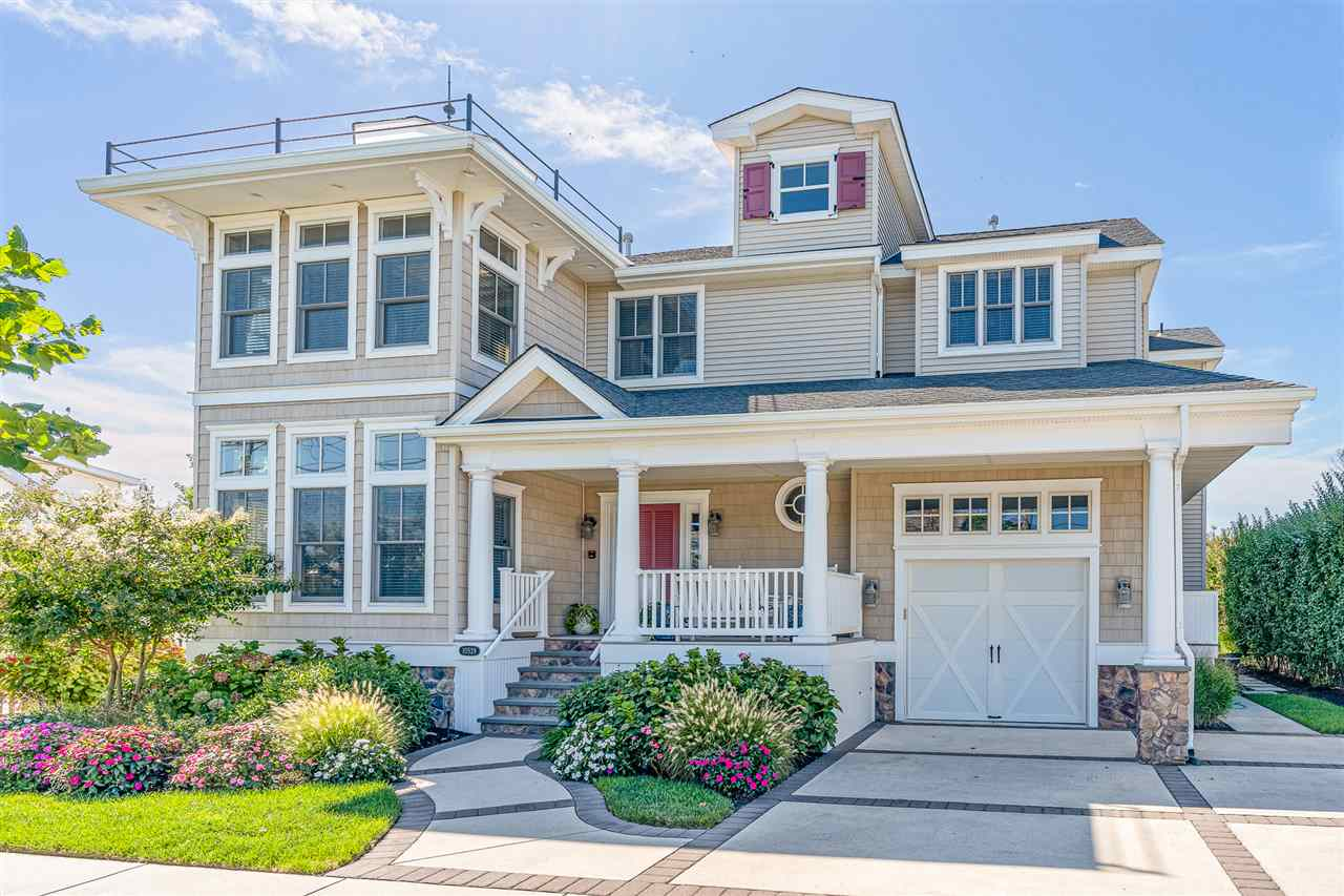 10529 Third Avenue - Stone Harbor