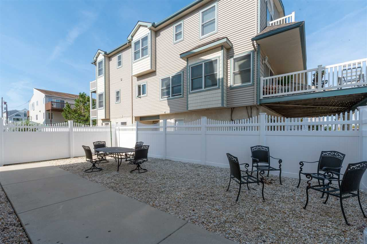 102 70th Street - Picture 24