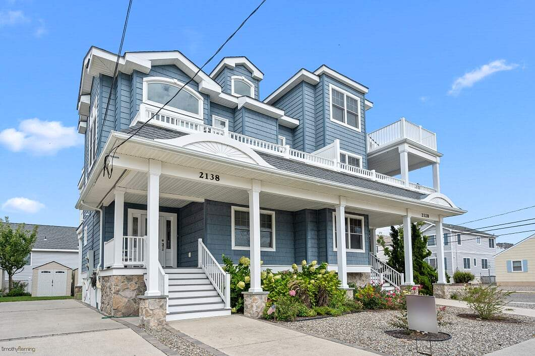 2138 Harbor Avenue, Avalon