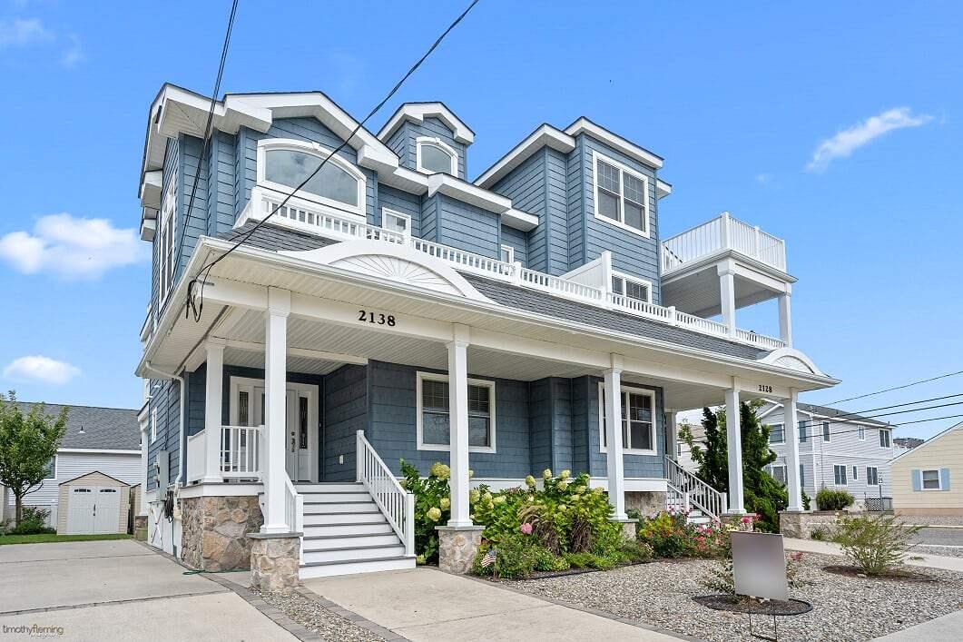 2138 Harbor Avenue - Avalon