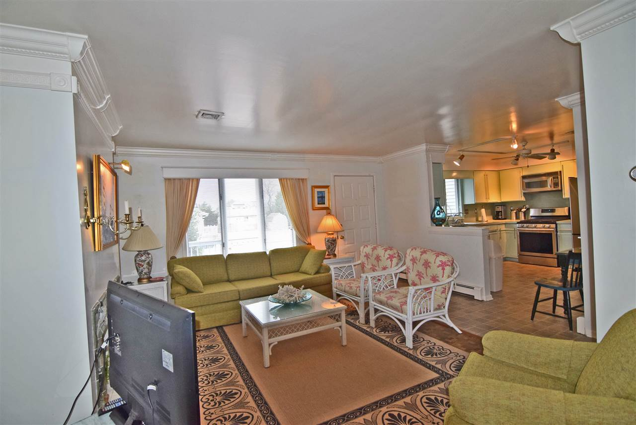 1678 First Avenue, Unit Numbers B, Avalon NJ - Picture 3