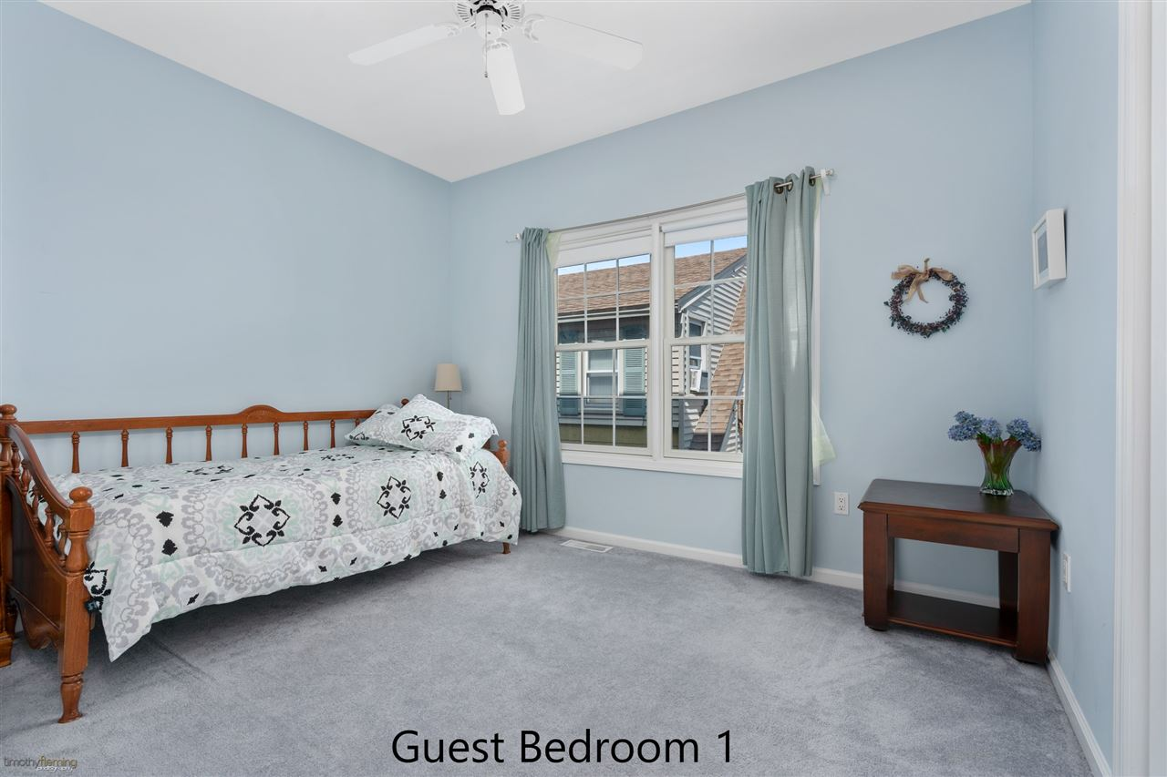 1109 Ocean Drive - Picture 11