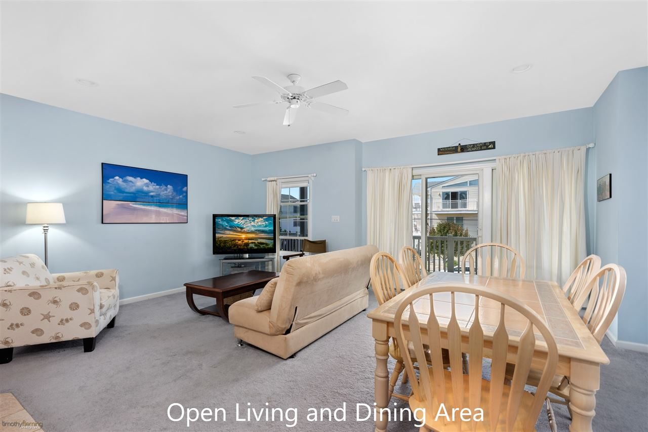 1109 Ocean Drive - Picture 5