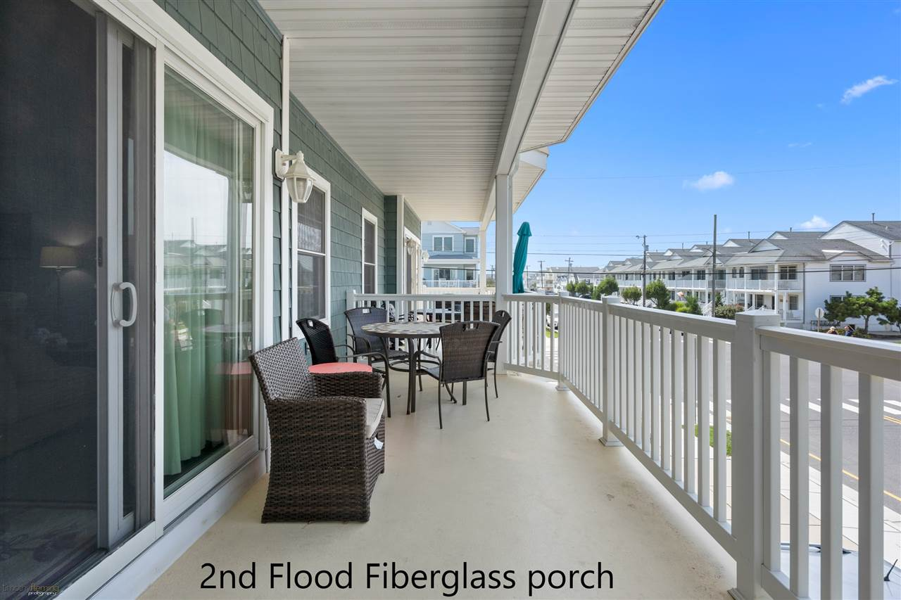 1109 Ocean Drive - Picture 7