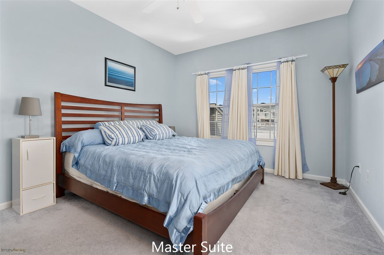 1109 Ocean Drive - Picture 8