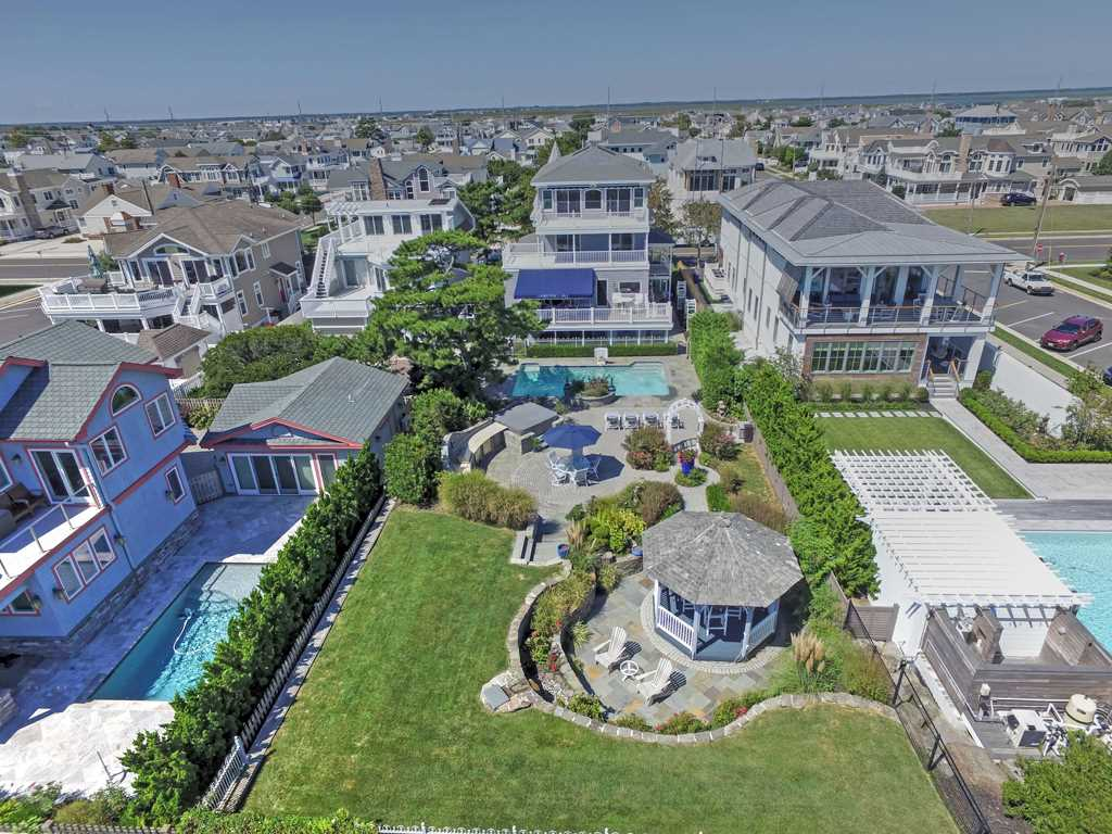 8808 First Avenue, Stone Harbor,NJ - Picture 3