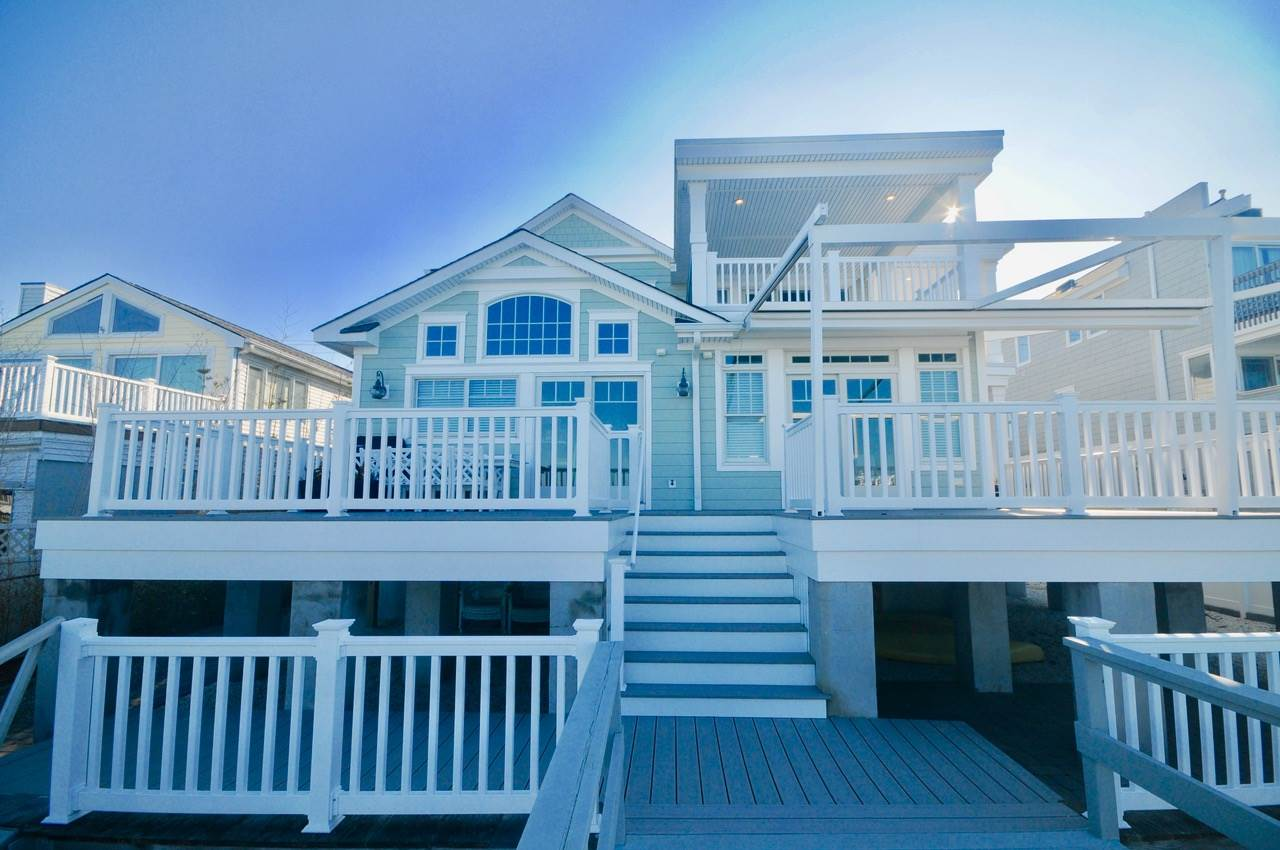 9715 Third Avenue - Stone Harbor