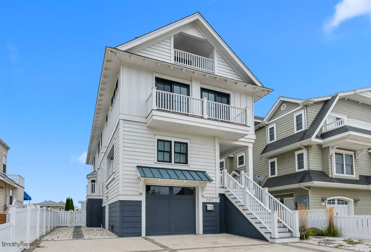 387 24th, Avalon