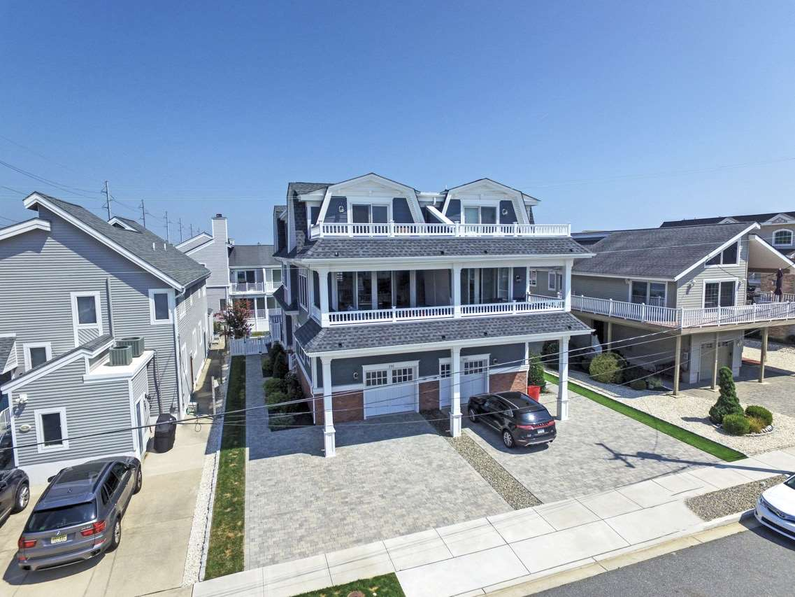 295 67th, Avalon