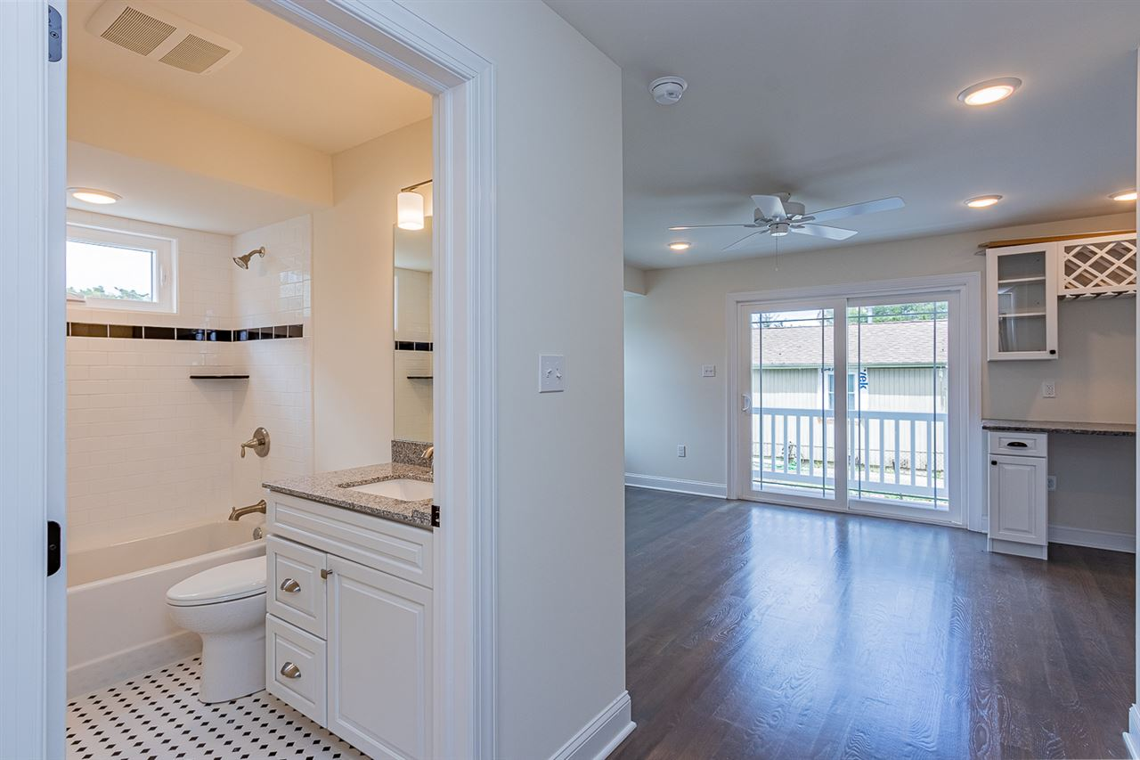 125 86th Street - Picture 12