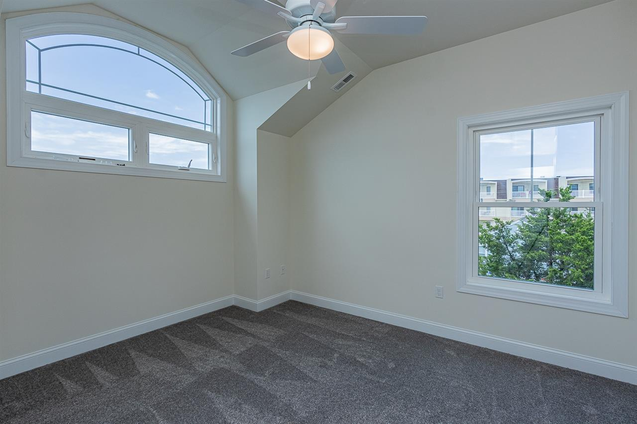 125 86th Street - Picture 15