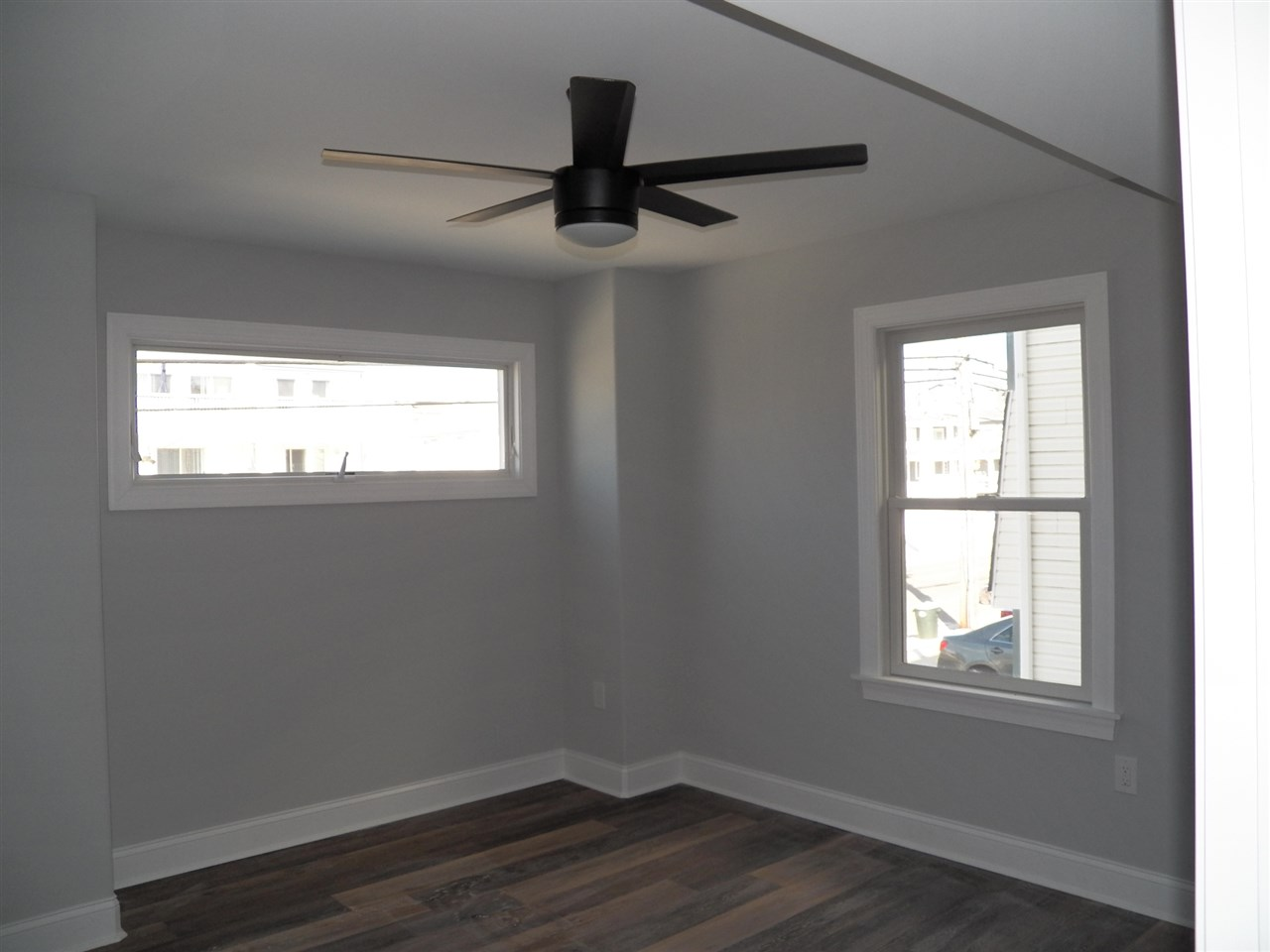 25 57th Street West Unit  - Picture 5