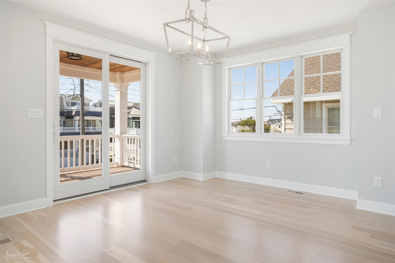 157 16th Street - Picture 11