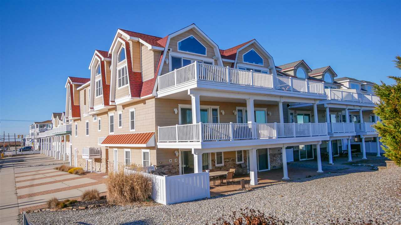 3212, South Unit Boardwalk, Sea Isle City