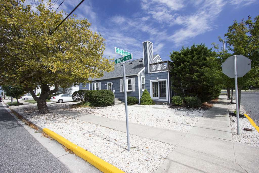 10514 Third Avenue - Stone Harbor