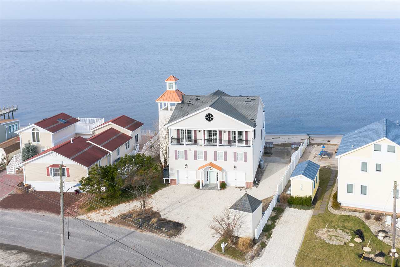 121 Beach Avenue - Cape May Court House