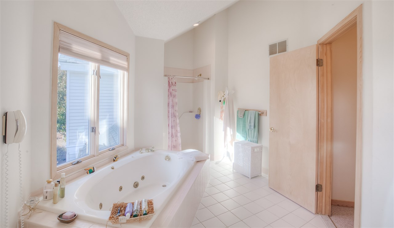 6337 Heron Cove  - Picture 21