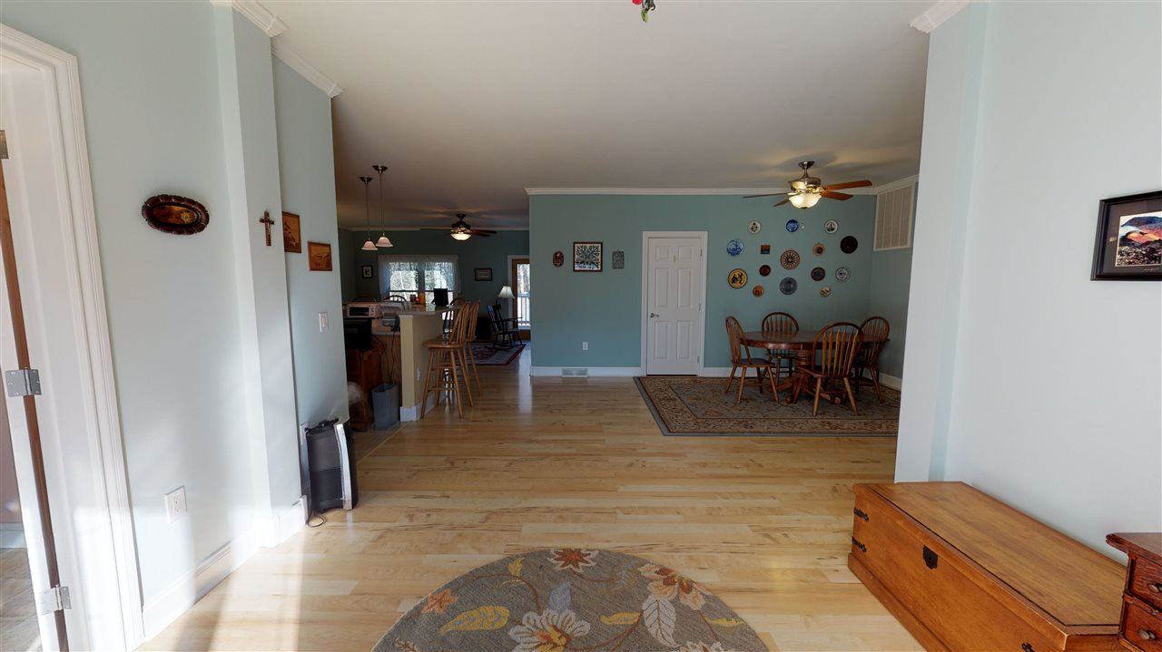 2 Pine Forest Court  - Picture 5