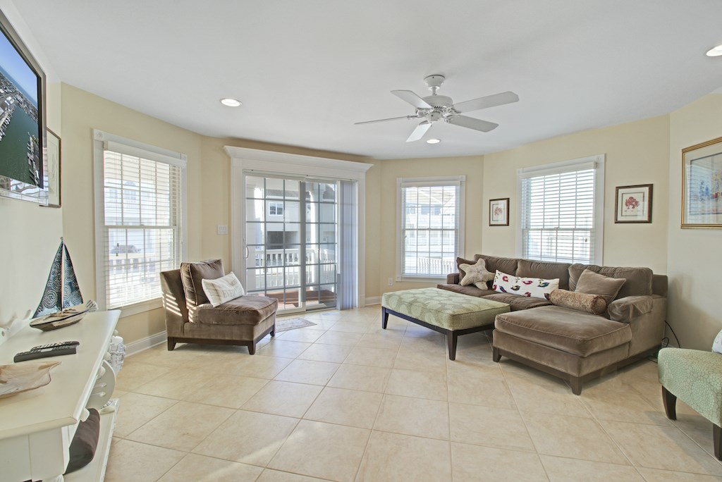 280 82nd Street, Stone Harbor NJ - Picture 2
